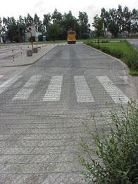 Konstrukcje betonowe - WARSZAWA 2001 - Pętla autobusowa